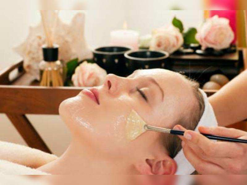 How to Pick a Beauty Day Spa for Your Cosmetic Facial Needs